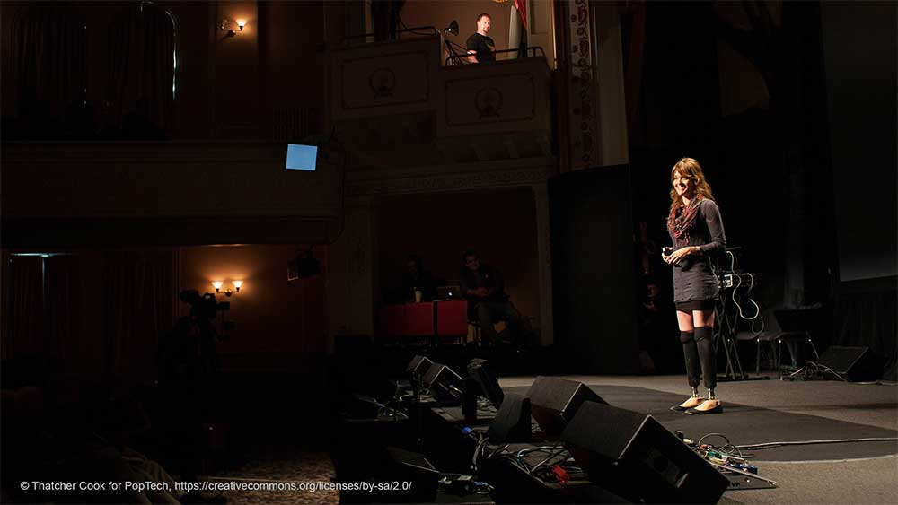 Amy Purdy presenting on stage
